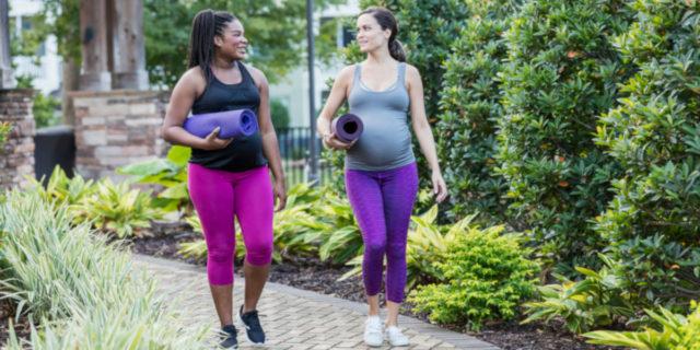 Camminare in gravidanza: quando e quanto fa bene