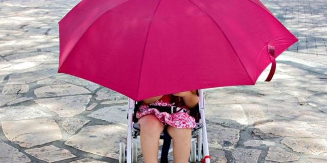 Ombrellino parasole per passeggino: i migliori per proteggere il bambino