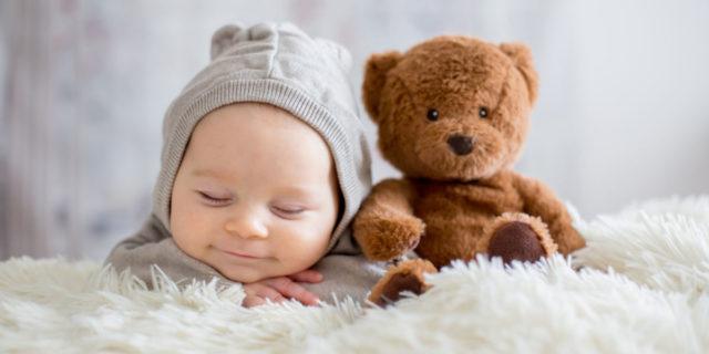 9 oggetti indispensabili per allestire un meraviglioso set fotografico neonatale