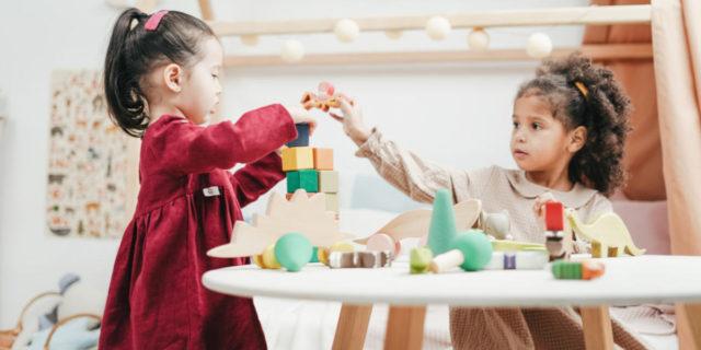 7 giochi educativi per stimolare il linguaggio e la creatività nei bambini