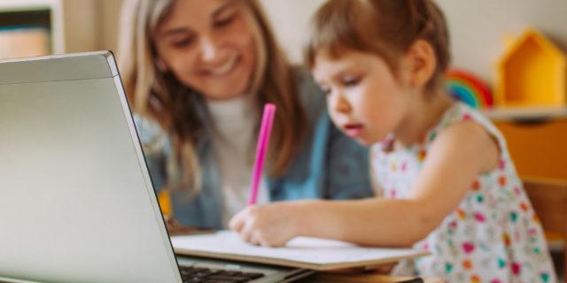 Homeschooling: pro e contro dell'educazione a casa