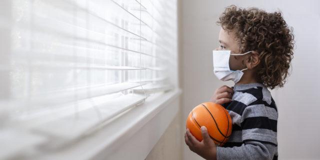 Covid-19 e bambini: con il distanziamento sparite 12 malattie trasmissibili