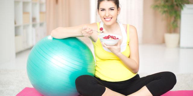 Dieta e sport in gravidanza: lo studio che rivela i benefici per i bimbi