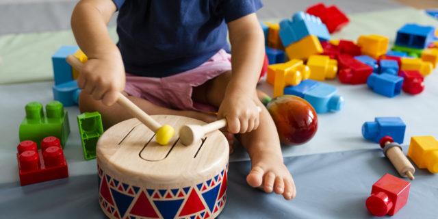 I benefici dei giochi musicali per bambini (educativi e stimolanti)