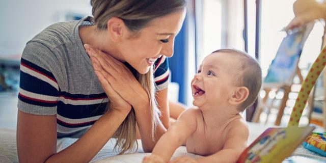 Linguaggio dei neonati: come comunicare e favorire lo sviluppo del linguaggio