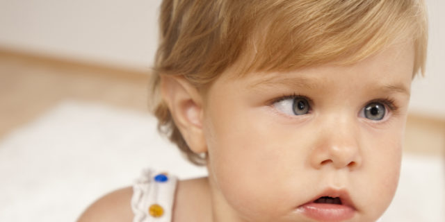 Strabismo nei neonati: quando preoccuparsi? I trattamenti per gli occhi storti