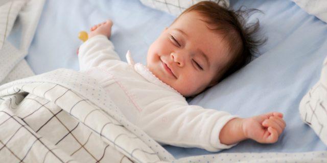 È vero che i neonati sognano? Quali sono i sogni più comuni