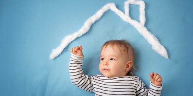 Paraspigoli per bambini, così la casa diventa più sicura