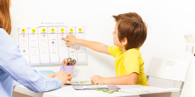 I benefici del tabellone attività per bambini (e come crearlo)