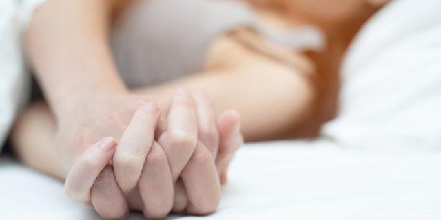 Il sesso dopo il parto (naturale e cesareo), ne abbiamo parlato con il ginecologo
