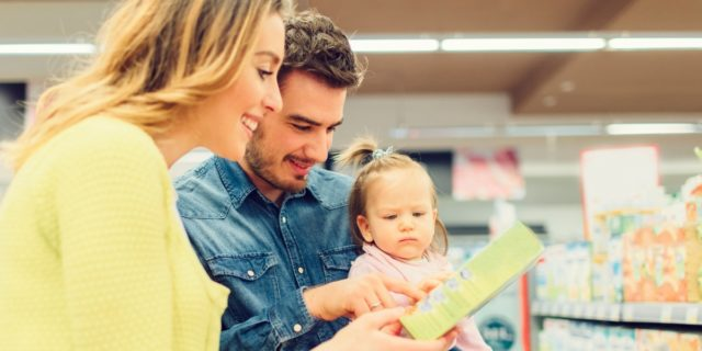 Etichette alimentari per neonati e bambini: come scegliere l'alimento giusto?