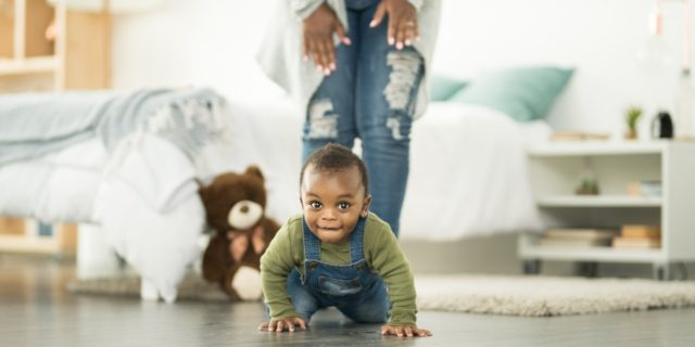 Le fasi dello sviluppo psicomotorio del neonato, conquista dopo conquista