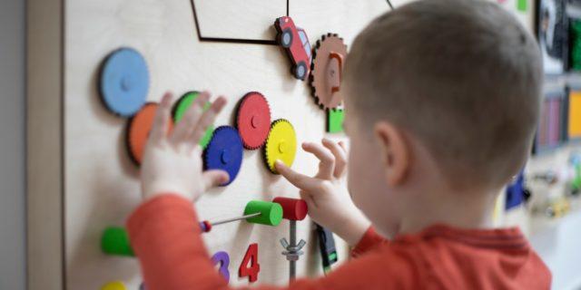 Autismo: consigli pratici per genitori e bimbi con disturbi dello spettro autistico
