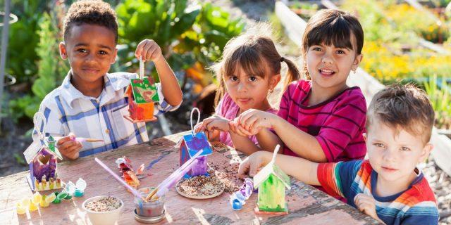 Anche i bambini di 3 anni adattano le loro scelte a quelle del gruppo di coetanei