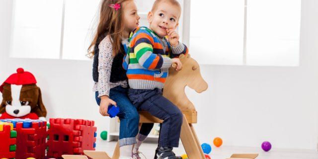 Giochi cavalcabili per bambino, perché sono così divertenti?