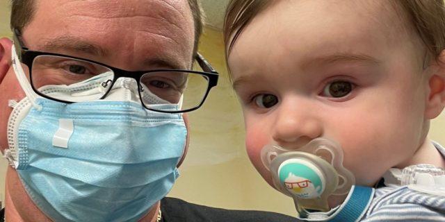 Vincenzo Mincolla (8 mesi) è il più giovane vaccinato Covid con due dosi Pfizer