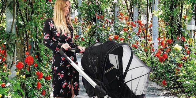 Bambini e neonati protetti (da zanzare e insetti) con la zanzariera per passeggino