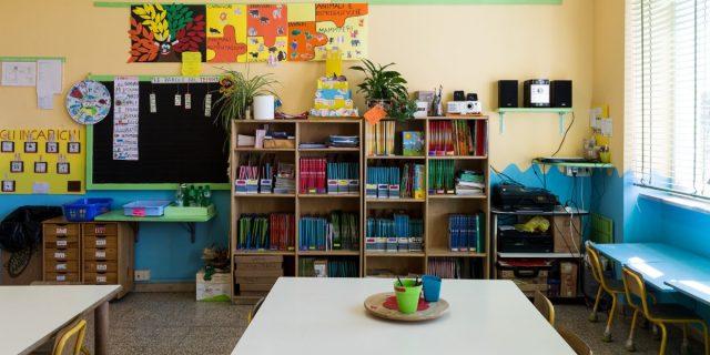 Come funziona la scuola senza zaino? Pro e contro