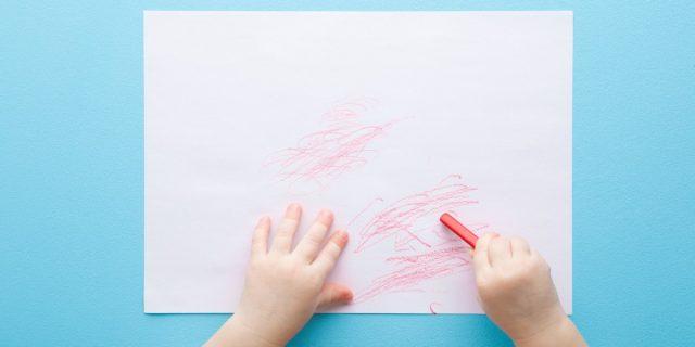 Pastelli a cera per bambini, un aiuto per lo sviluppo della motricità fine