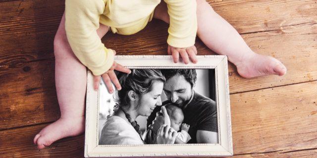 Portafoto per bambini in legno, argento o digitali (per bomboniere o da regalare)