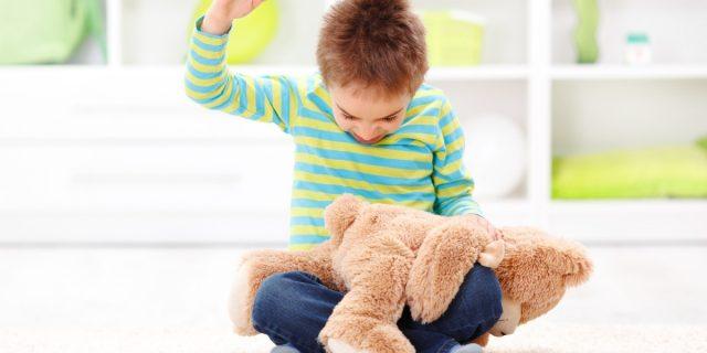 Lo dice la scienza: punizioni fisiche e sculacciate ai bambini non sono efficaci