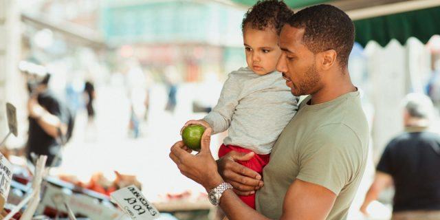Assumere cibo bio durante l'infanzia migliora lo sviluppo cognitivo, lo studio