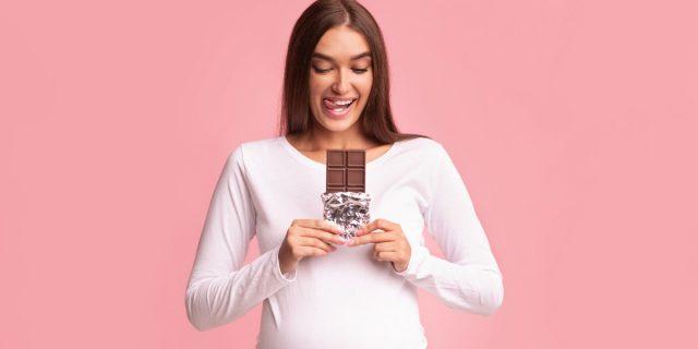 World Chocolate Day 2021: cioccolato in gravidanza e allattamento, sì o no?