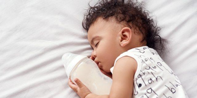 Quando la sudorazione notturna dei bambini è un problema