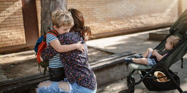 Ansia da ritorno a scuola: anche i bambini ne soffrono, come aiutarli
