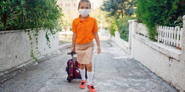 Trolley per bambini o zaino? I consigli per fare la scelta giusta