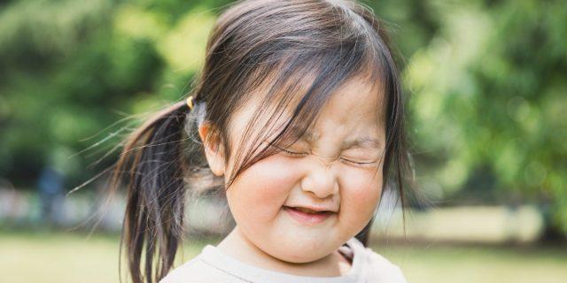 Tic nei bambini, quali sono i più frequenti e quando necessitano attenzione