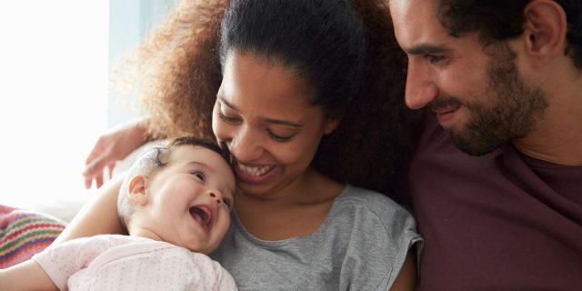 Il cervello dei bambini amati è più grande di quelli trascurati, lo studio