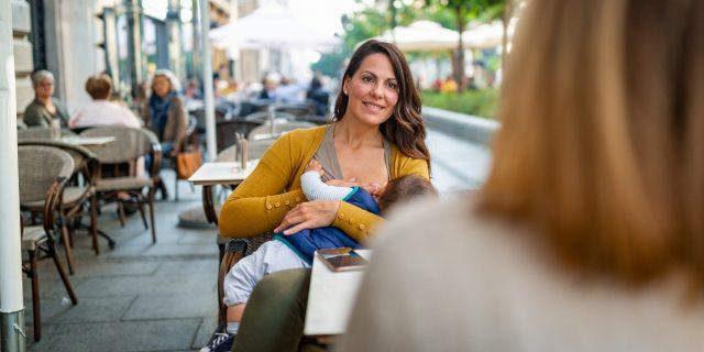 Settimana Mondiale dell'allattamento materno: il 70% delle donne allatta per un anno