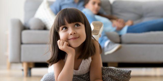 Come stimolare correttamente la curiosità dei bambini secondo la scienza