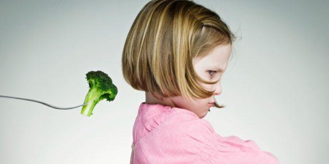 Perché ai bambini non piacciono broccoli e cavoli? La risposta della scienza