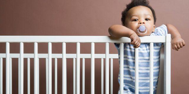 Quando il bambino non dorme. Parliamo di regressione del sonno e delle sue 5 fasi